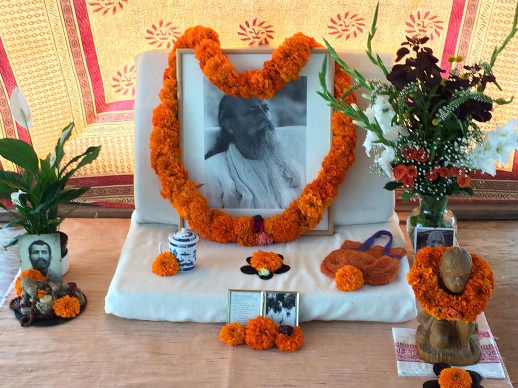 Guru-Purnima-Babaji-Altar