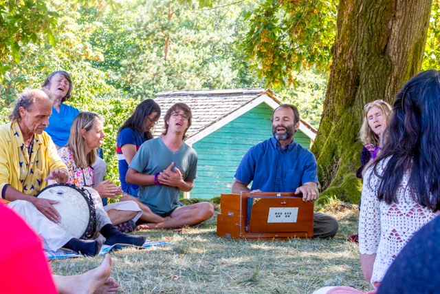 Kirtan on the mound (photo by Gawain Jones)