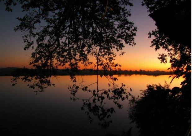 The Zambezi River at Sunset, Mwandi, Zambia, 2009