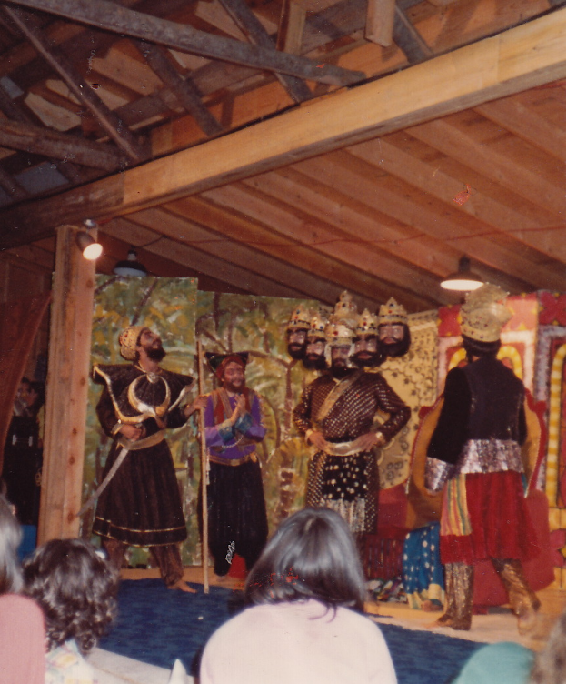 Ramayana in the barn: Barry as Aksha, Divakar as Ravana's minister, Sanatan as Ravana.